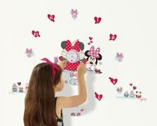 Minnie Mouse Wallstickers med Ur