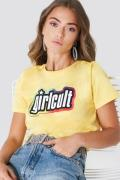 Galore x NA-KD Girl Cult Tee - Yellow