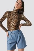 NA-KD Classic Linen-blend Shorts - Blue