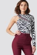 NA-KD One Sleeve Zebra Top - White,Multicolor